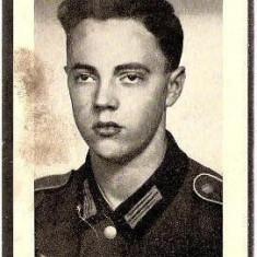 V FOTO 14 Necrolog -Militar german Gefreiter Max Krenn, cazut in razboi, la varsta de 19 ani si jumatate -cruce cu zvastica 1939 - Fotografie