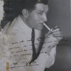 DEDICATIE FOTO DIN ANII 50 A UNUI CELEBRU GAZETAR FRANCEZ CATRE ALEXANDRU GRAUR - Autograf