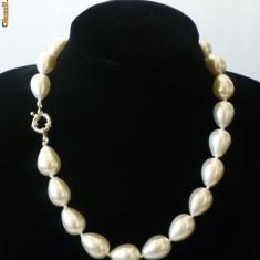 Colier Perlele de Tahiti: lacrima 1, 8 cm lungime cutie cadou