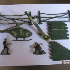 FIGURINE CU SOLDATI SI LOGISTICA DIN ARMATA AMERICANA