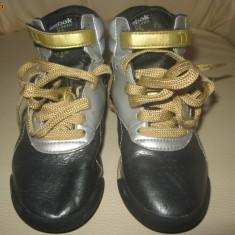 Ghetute/ Adidasi din piele Reebok, mas 29, 19, 5 cm interior, - Ghete copii Reebok, Fete, Piele naturala, Negru