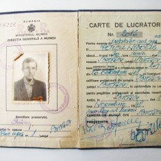 ROMANIA CARTE DE LUCRATOR 1948 CU STAMPILA RPR PESTE STEMA REGALA ** - Pasaport/Document, Romania 1900 - 1950
