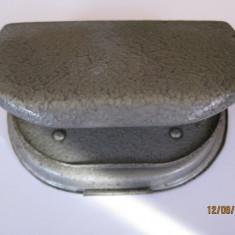PERFORATOR METALIC DE COLECTIE DIN ANII 60