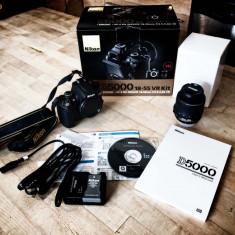 Aparat foto DSLR Nikon D5000 +18-55 mm, Kit (cu obiectiv), 12 Mpx, HD