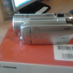 Camera video Canon Fs 100, Intre 2 si 3 inch, Card Memorie, CCD, Peste 40x