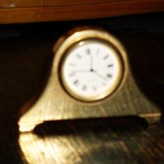Ceas din alama - decorativ / vintage