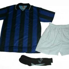 Echipamente / compleuri de fotbal albastru-negru (model Inter Milano). Tricou+sort+jambiere seniori si copii - Set echipament fotbal