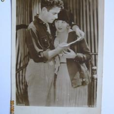 CARTE POSTALA DE COLECTIE CU ACTORI DIN 1930