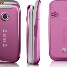 Sony ericsson Z310 vand/schimb + bani cu iphone4/htc - Telefon mobil Sony Ericsson, Roz, Cu clapeta