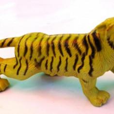 FIGURINA PLASTIC TIGRU - Miniatura Figurina