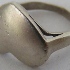 Inel vechi din argint inima - de colectie