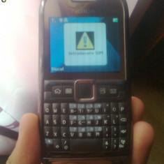 Nokia E71 Vand sau Schimb - Telefon mobil Nokia E71, Gri, Neblocat