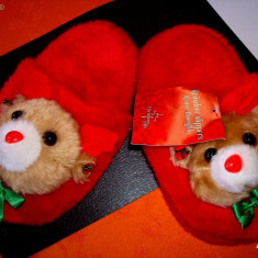 Papuci de casa copii - rosii: cei mai draguti si mai pufosi cu animale in relief - Papuci copii, Marime: Alta, Culoare: Rosu, Fete