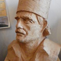 Bust ceramic TUDOR VLADIMIRESCU, lucrat manual - Unicat! - sculptura reproducere