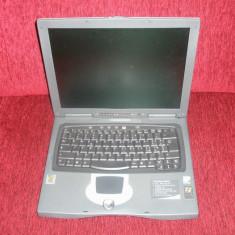 Laptop Acer TravelMate, Diagonala ecran: 15, Sub 1 GB, Intel Pentium 4-M, Sub 80 GB, Windows XP