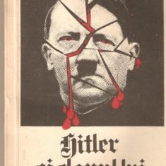 Hitler si clanul lui - Istorie