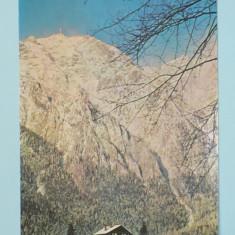 BUSTENI - VEDERE SPRE VARFUL CARAIMAN