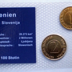 5.318 SLOVENIA SET 3 MONEDE UNC IN FOLDER 1T 2000, 2T 2004, 5T 2000, Europa