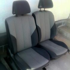 Tapiserie scaun pasager sezut sau spatar Renault Megane 2('02-'09)