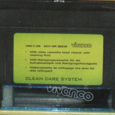 Videocaseta VHS pentru curatat sters cap video videorecorder set cu solutie pentru curatat