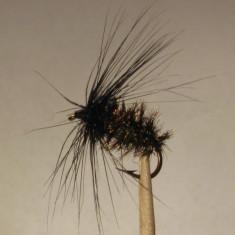 Muste artificiale pt. pescuit - MUSCA LIPICIOASA NEAGRA - Palmer - Fekete legy - Momeala artificiala Pescuit
