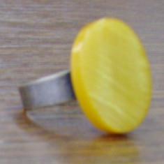 Inel de bronz cu sidef galben, Marime: Alta
