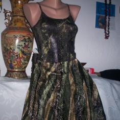 Costum dama fusta-pantalon