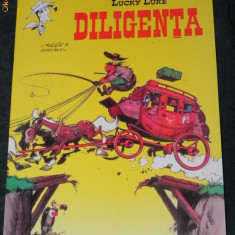 LUCKY LUKE - DILIGENTA - BENZI DESENATE IN LIMBA ROMANA - Reviste benzi desenate