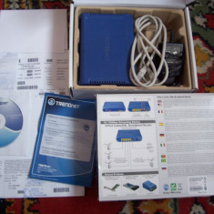 ROUTER TRENDNET W/4P SWITCH DSL/CABLE, DEFECT, . - Router wireless