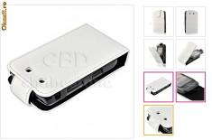 husa  piele  alba  flip Blackberry  9800 + folie cadou + expediere gratuita cu posta romana