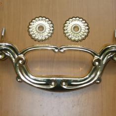 Minere cruci suruburi ornamente sicriu