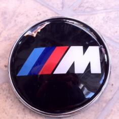 emblema pentru capota /porbagaj personalizata cu M/// siliconica