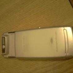 Samsung D880 - Telefon Samsung, Cu slide