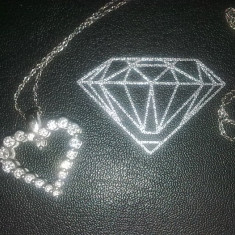Lantisor cu pandantiv din aur alb cu diamante inimioara - Colier aur alb
