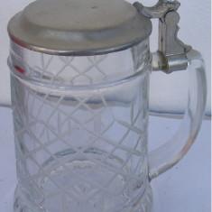 Halba din sticla cu capac din zinc (F)