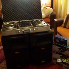 ECHIPAMENT DJ COMPLET (PLAYERE, MIXER-NUMARK, BOXE-BEHRINGER, LUMINI, MAISNA DE FUM ETC (folosite foarte putin)