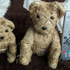 Ursuleti de paie