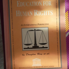 CARTE IN ENGLEZA-EDUCATION FOR HUMAN RIGHTS