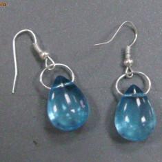 Cercei picaturi de cristal bleu