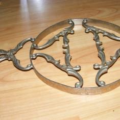 CENTRU MASA ,pentru vas incins,metal antic argintat