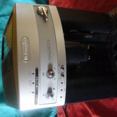 Expresor Delonghi Magnifica - Espressor automat