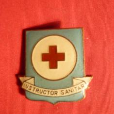 Insigna - Instructor Sanitar - metal si email