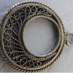 Pandantiv vechi din argint cu filigran - de colectie