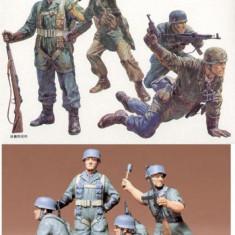 + Kit 4 figurine Tamiya 35012 - German Parachuters +