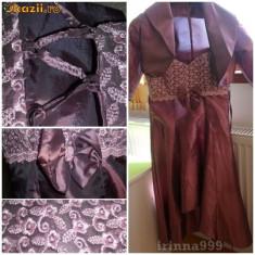 Vand rochii banchet pentru fete superbe - Rochie banchet