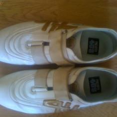 Pantofi Sport Cesare Paciotti Originali 100% PIELE - Adidasi barbati, 38 2/3, Alb