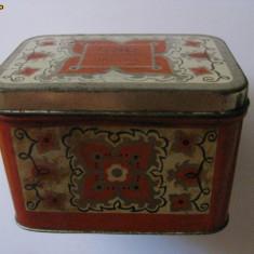 CUTIE RUSEASCA DE TABLA PENTRU CEAI DIN ANII 70 - Cutie Reclama