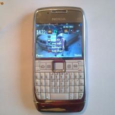 Nokia e71 - Telefon mobil Nokia E71, Alb