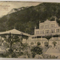"CY - Ilustrata Baile Herculane ""Casino si Parcul"", circulata 1933"