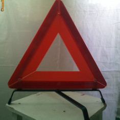 Vand triunghi reflectorizant model 2 - Trusa auto prim ajutor